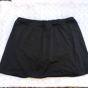Lands End Black Swim Skirt size 14L
